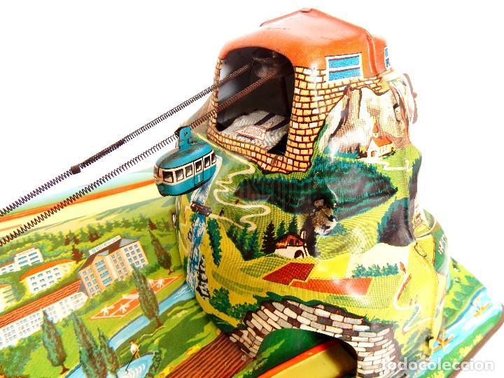 Juguetes antiguos de hojalata: PISTA ACCESORIOS MOVIBLES TELEFÉRICO CABLE CAR TECHNOFIX WESTERN GERMANY A CUERDA AÑOS 60 CON CAJA - Foto 3 - 128491283