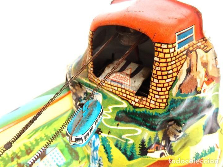 Juguetes antiguos de hojalata: PISTA ACCESORIOS MOVIBLES TELEFÉRICO CABLE CAR TECHNOFIX WESTERN GERMANY A CUERDA AÑOS 60 CON CAJA - Foto 4 - 128491283