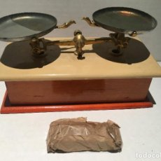 Juguetes antiguos de hojalata: BALANZA DE JUGUETE SIN USO ALGUNO AÑOS 60. Lote 128716251