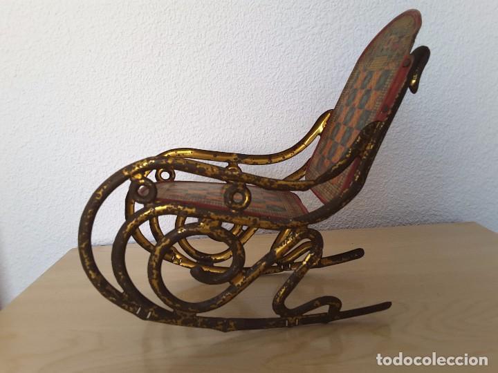 Juguetes antiguos de hojalata: Mecedora grande de Picó y Cía 30,s - Foto 5 - 129313299