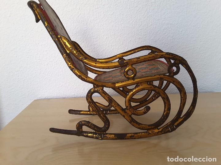 Juguetes antiguos de hojalata: Mecedora grande de Picó y Cía 30,s - Foto 8 - 129313299