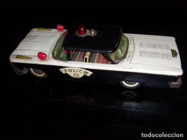 Juguetes antiguos de hojalata: Coche De Policia Gorgo De Lata Con Detalles 29 x10 cm - Foto 3 - 180286915