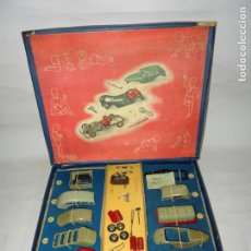 Juguetes antiguos de hojalata: ANTIGUA CAJA DE CONSTRUCCIONES DE AUTOMOVILES METÁLICOS DE PAYÁ RAI - AÑO 1940S.. Lote 133172542