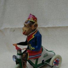 Juguetes antiguos de hojalata: JUGUETE DE PAYA. Lote 133697942