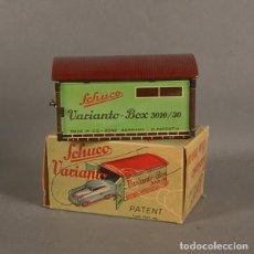 Juguetes antiguos de hojalata: JUGUETE DE HOJALATA EN MUY BUEN ESTADO SIN USAR. GARAJE. SCHUCO VARIANTO 3010/30 G. (BRD). Lote 136706702