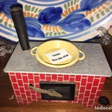 Juguetes antiguos de hojalata: COCINA DE HOJALATA RICO. Lote 137135809