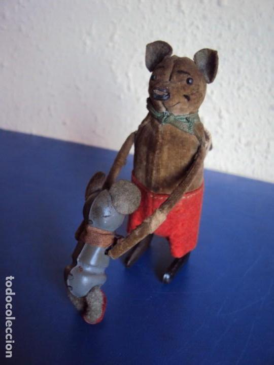 (JU-181095)ANTIGUO RATON CON HIJO AUTOMATA EN HOJALATA SCHUCO MADE IN GERMANY A CUERDA (Juguetes - Juguetes Antiguos de Hojalata Extranjeros)