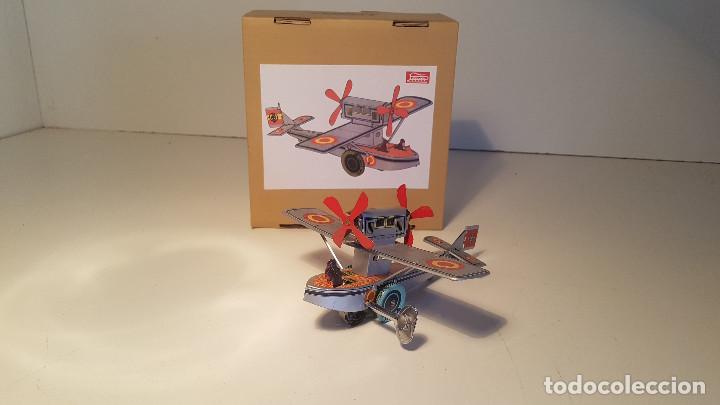 Juguetes antiguos de hojalata: PAYA Hidroavion Plus Ultra 1927 , completo con caja y llave, funcionando ! - Foto 2 - 174171593