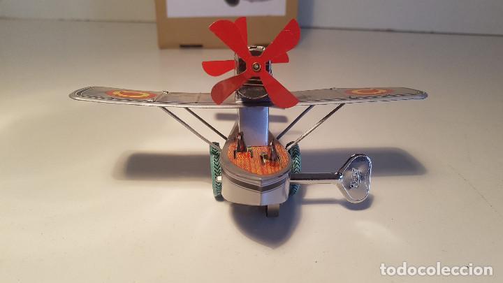 Juguetes antiguos de hojalata: PAYA Hidroavion Plus Ultra 1927 , completo con caja y llave, funcionando ! - Foto 7 - 174171593