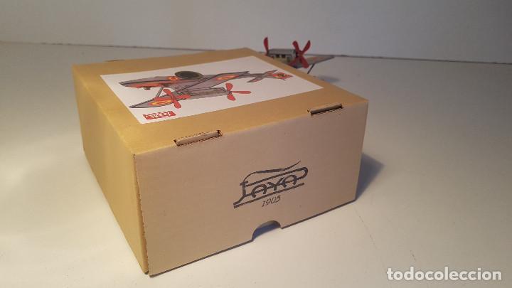 Juguetes antiguos de hojalata: PAYA Hidroavion Plus Ultra 1927 , completo con caja y llave, funcionando ! - Foto 12 - 174171593