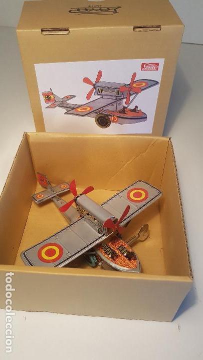 Juguetes antiguos de hojalata: PAYA Hidroavion Plus Ultra 1927 , completo con caja y llave, funcionando ! - Foto 14 - 174171593