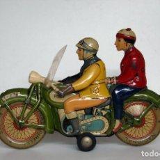 Juguetes antiguos de hojalata: RICO Nº 279 ORIGINAL - MOTOCICLETA CON PASAJERO EN PERFECTO ESTADO. Lote 140283198