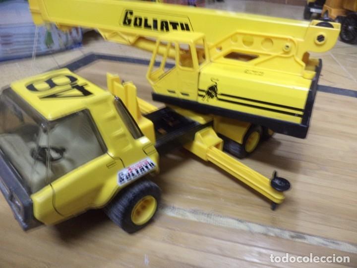 Juguetes antiguos de hojalata: Camión Grua Goliath de Joustra - France.Años 70. - Foto 4 - 140986954