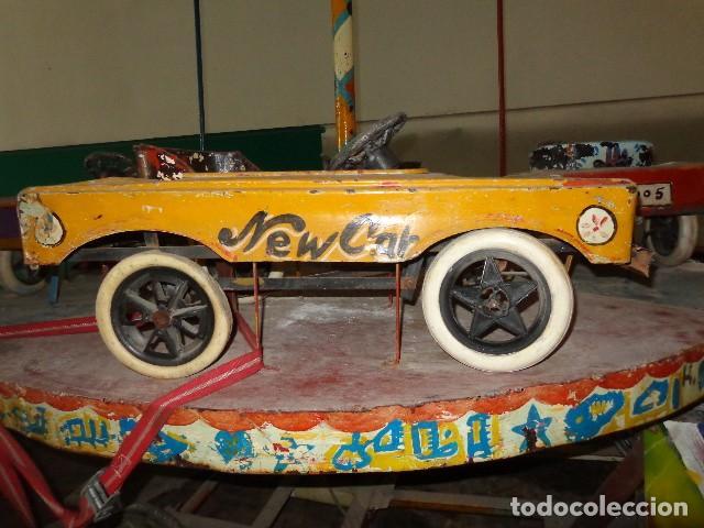 Juguetes antiguos de hojalata: Tio vivo carrusel de los años 40-50 - Foto 3 - 141255398