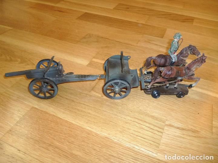 Juguetes antiguos de hojalata: Armón carro de artillería con cañon Elastolin Hausser figuras de pasta Lineol soldados hojalata - Foto 2 - 141560274