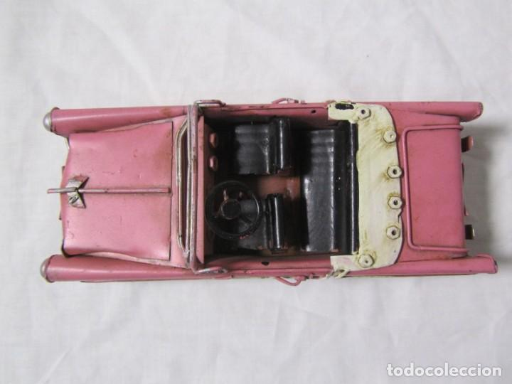 Juguetes antiguos de hojalata: Coche descapotable de hojalata chapa con alambre - Foto 5 - 146306146