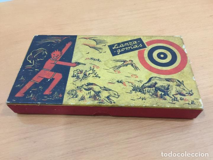 Juguetes antiguos de hojalata: DALIA SOLIDO PISTOLA LANZAGOMAS 1935 - Foto 12 - 146442194