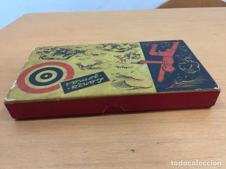 Juguetes antiguos de hojalata: DALIA SOLIDO PISTOLA LANZAGOMAS 1935 - Foto 14 - 146442194