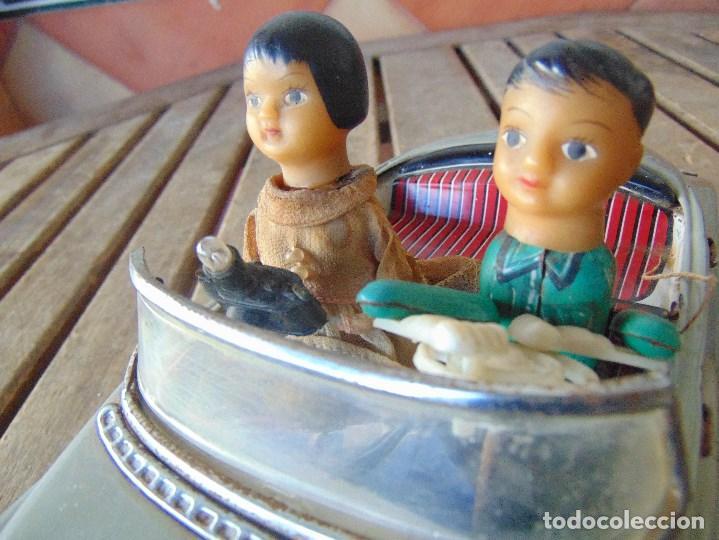 Juguetes antiguos de hojalata: ANTIGUO COCHE DE HOJALATA CHAPA SALVAOBSTACULOS TURISTAS NO SE LE VE MARCA CREO JAPONES - Foto 8 - 147901030