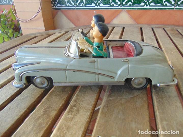 Juguetes antiguos de hojalata: ANTIGUO COCHE DE HOJALATA CHAPA SALVAOBSTACULOS TURISTAS NO SE LE VE MARCA CREO JAPONES - Foto 12 - 147901030