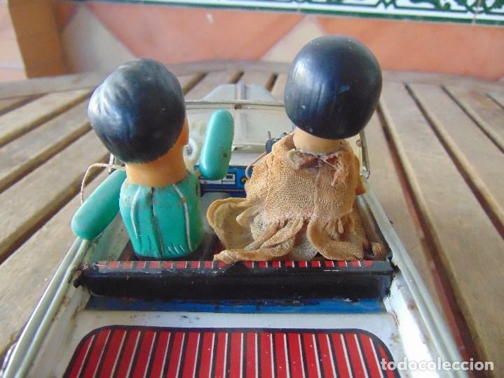Juguetes antiguos de hojalata: ANTIGUO COCHE DE HOJALATA CHAPA SALVAOBSTACULOS TURISTAS NO SE LE VE MARCA CREO JAPONES - Foto 15 - 147901030