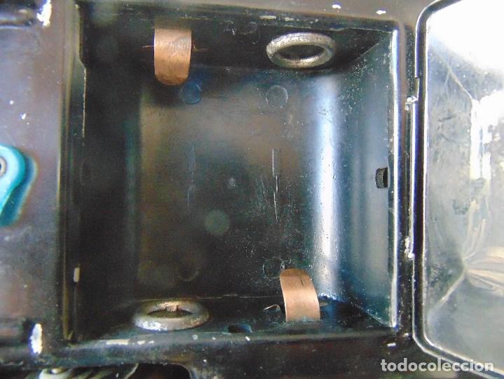Juguetes antiguos de hojalata: ANTIGUO COCHE DE HOJALATA CHAPA SALVAOBSTACULOS TURISTAS NO SE LE VE MARCA CREO JAPONES - Foto 25 - 147901030