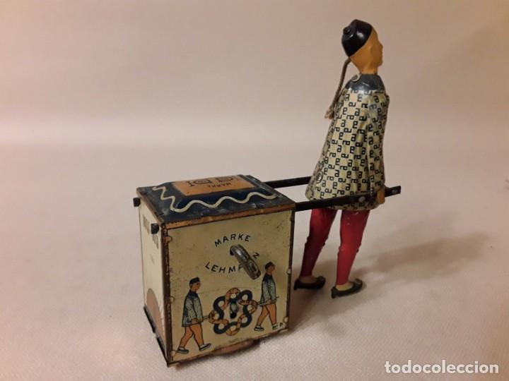 Juguetes antiguos de hojalata: IMPRESIONANTE PORTEADOR NU NU LEHMANN 1925 - Foto 4 - 147950114