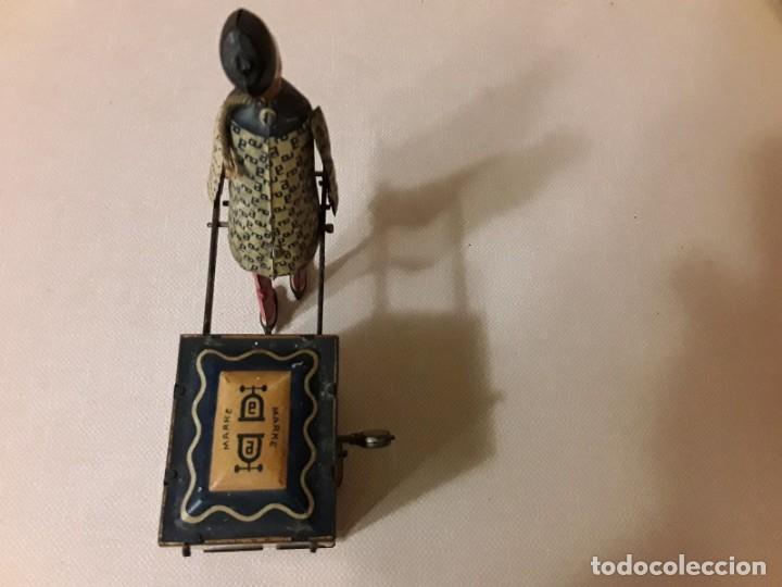 Juguetes antiguos de hojalata: IMPRESIONANTE PORTEADOR NU NU LEHMANN 1925 - Foto 8 - 147950114