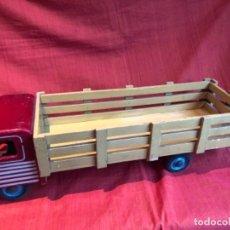 Juguetes antiguos de hojalata - Camión de madera. Denia, años 40. - 148785798