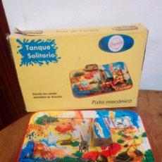 Juguetes antiguos de hojalata - Pista mecanica de hojalata payvasa - 149543980