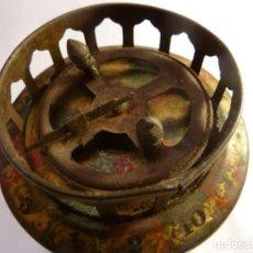 Juguetes antiguos de hojalata: BARQUILLERO DE HOJALATA GALLETAS SOLSONA. Lote 149821438