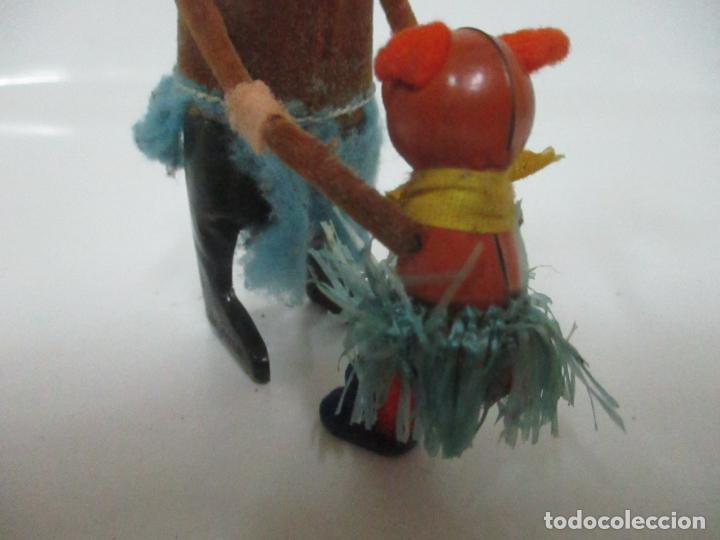 Juguetes antiguos de hojalata: Antiguo Juguete - Oso Bailando con Osito - Hojalata - Muñeco Autómata - Marca Schuco, Foreign - Foto 9 - 150796258