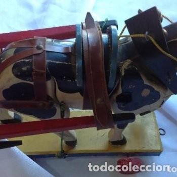 Juguetes antiguos de hojalata: CARRETA DE MADERA CON LONA DE HOJALATA - Foto 2 - 150842414