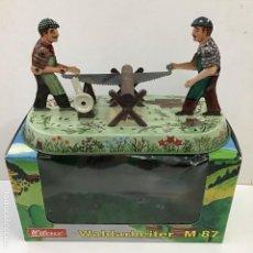 Juguetes antiguos de hojalata - Aserradores de Wilesco - 150977074