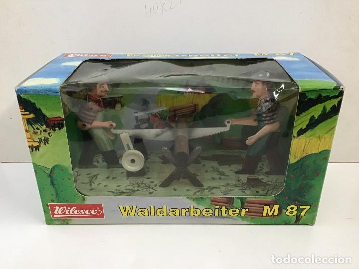 Juguetes antiguos de hojalata: Aserradores de Wilesco - Foto 3 - 150977074