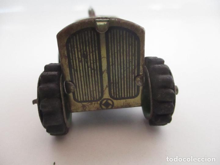 Juguetes antiguos de hojalata: Antiguo Juguete - Tractor Metálico a Cuerda - Autómata - Made in Germany - Foto 4 - 151050010