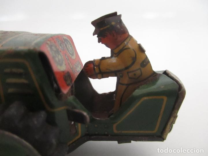 Juguetes antiguos de hojalata: Antiguo Juguete - Tractor Metálico a Cuerda - Autómata - Made in Germany - Foto 5 - 151050010