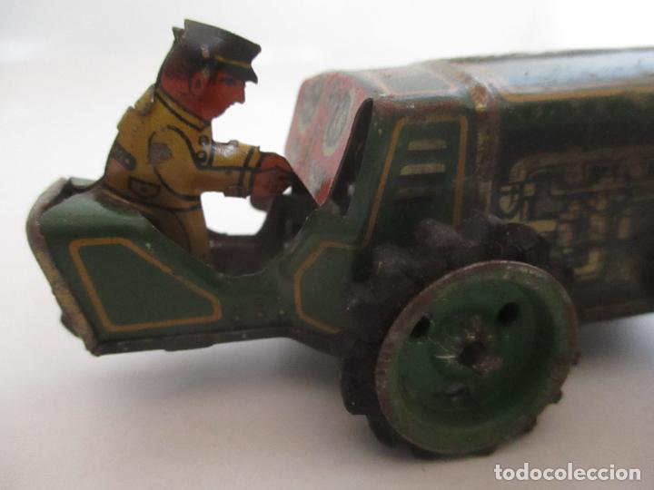 Juguetes antiguos de hojalata: Antiguo Juguete - Tractor Metálico a Cuerda - Autómata - Made in Germany - Foto 6 - 151050010