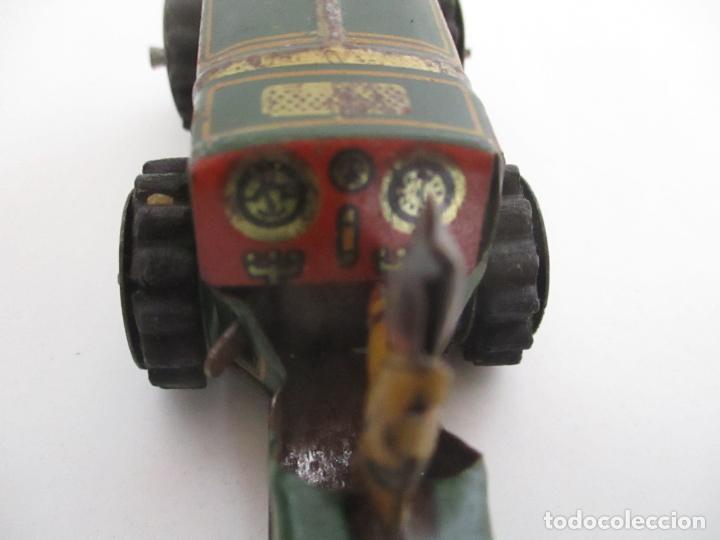 Juguetes antiguos de hojalata: Antiguo Juguete - Tractor Metálico a Cuerda - Autómata - Made in Germany - Foto 8 - 151050010
