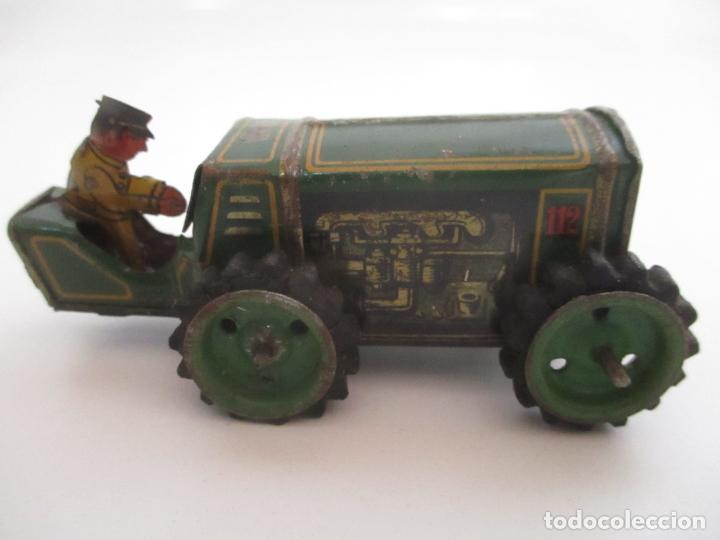 Juguetes antiguos de hojalata: Antiguo Juguete - Tractor Metálico a Cuerda - Autómata - Made in Germany - Foto 9 - 151050010