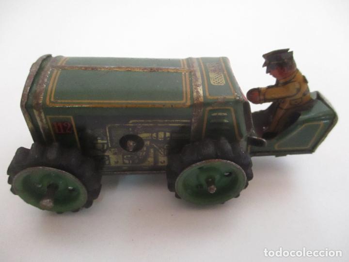 Juguetes antiguos de hojalata: Antiguo Juguete - Tractor Metálico a Cuerda - Autómata - Made in Germany - Foto 13 - 151050010