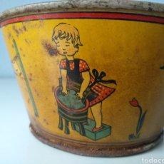 Juguetes antiguos de hojalata: ANTIGUA PALANGANA O BARREÑO DE HOJALATA LITOGRAFIADA. Lote 151427348