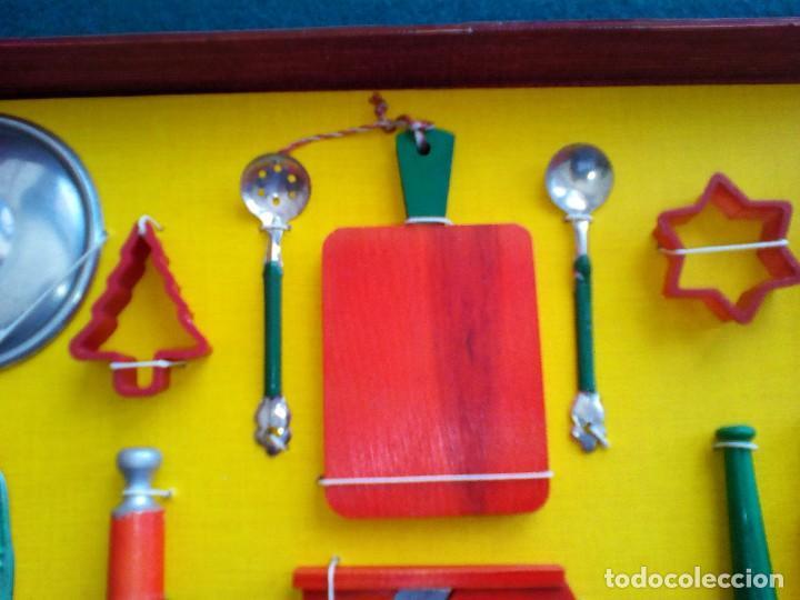 Juguetes antiguos de hojalata: UTENSILIOS COCINA DE JUGUETE EN CAJA EXPOSITORA - AÑOS 60 - Foto 9 - 152015510