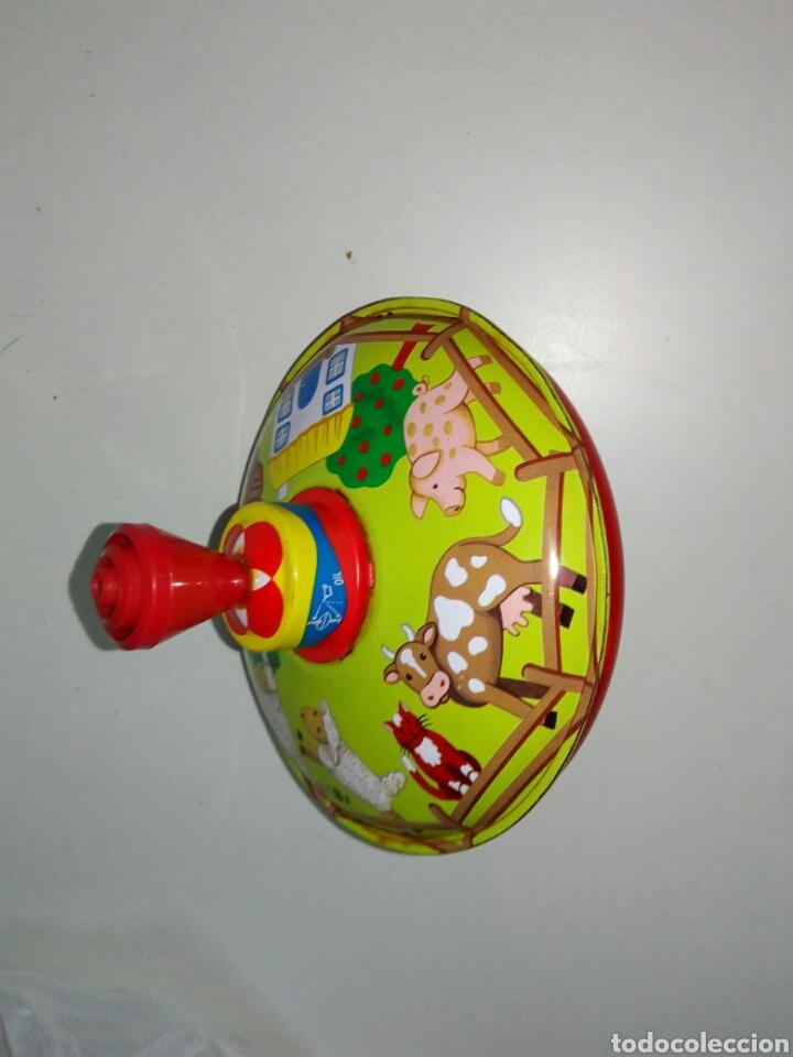 Juguetes antiguos de hojalata: Peonza lbz alemana hojalata - Foto 3 - 153647641