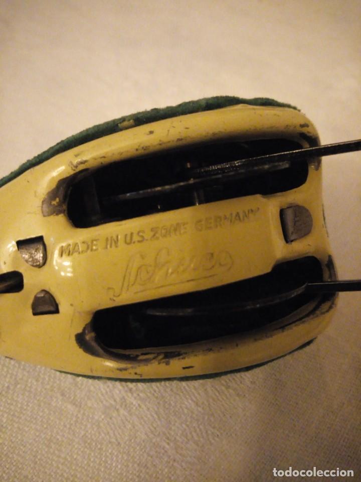 Juguetes antiguos de hojalata: rana saltarina schuco made in u.s. zone germany.años 40,rara de ver - Foto 4 - 154739102