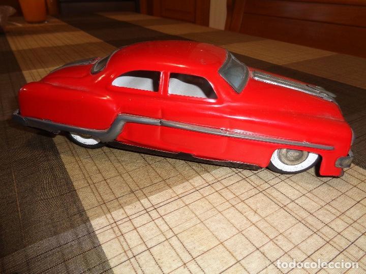 Juguetes antiguos de hojalata: raro coche de hojalata años 50 - Foto 3 - 154925278