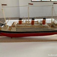 Juguetes antiguos de hojalata: BARCO TRANSATLÁNTICO DE JUGUETE OCEAN LINER DE BING 1925. Lote 155035158