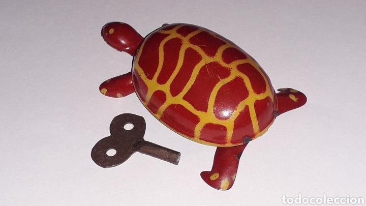 Juguetes antiguos de hojalata: Tortuga con mecanismo a cuerda, Juguetes Rico RSA made in Spain, original años 40. - Foto 3 - 157303202