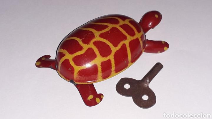 Juguetes antiguos de hojalata: Tortuga con mecanismo a cuerda, Juguetes Rico RSA made in Spain, original años 40. - Foto 4 - 157303202