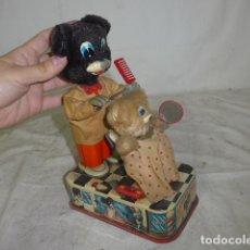 Brinquedos antigos de folha-de-Flandres: ANTIGUO JUGUETE DE HOJALATA DE JAPON, BARBERO, ORIGINAL JAPONES.. Lote 158861294